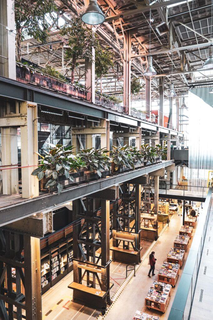 Bibliotheek tilburg bezoeken - a travel note